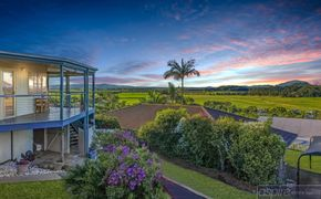 *** DID SOMEBODY ORDER A VIEW? > UNIQUE SPACIOUS HOME BOASTING SUBLIME 360 DEGREE VIEWS THAT WILL BLOW YOU AWAY!! ***