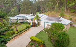 QUEENSLANDER ACREAGE LIVING at it's BEST ! with SEPARATE Guest Cottage + HUGE Man SHED on PEACEFUL 2 ACRES!