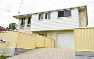 NEAR NEW FAMILY HOME IN THE HEART OF DARRA