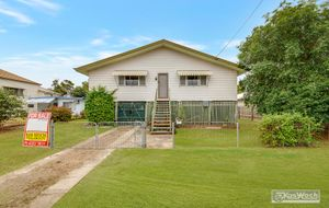 810m2 DOUBLE ALLOTMENT ON 2 TITLES. SUPER SIDE ACCESS. 3 BEDROOM  SOLID HOME. $185,000.