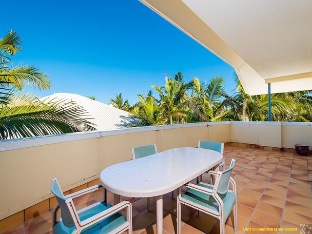 Two Beachside 3 Bedroom Units. Only 200 metres to the beach.
