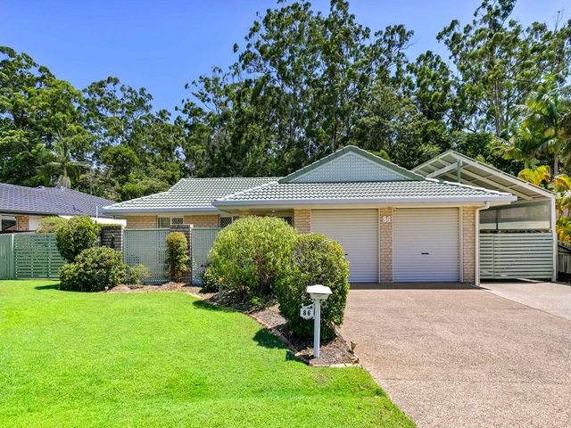 UNDER APPLICATION - Great family home in the heart of Buderim Meadows!