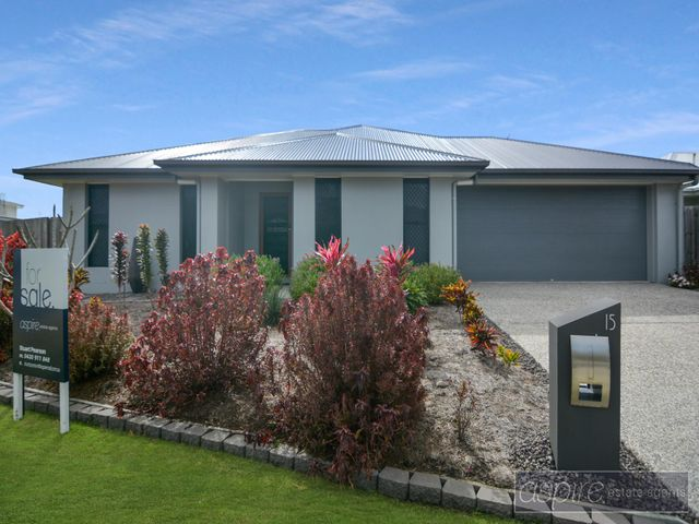 *** PRESENTING LIKE BRAND SPANKING NEW...LIGHT, BRIGHT & EXCEEDINGLY SPACIOUS BOASTING WIDE SIDE ACCESS AND MORE!! ***