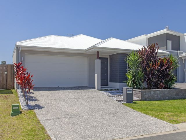 Stylish Family Home in Brightwater!