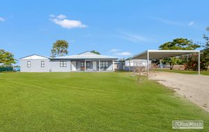 ENJOY THE BENEFITS OF APROX 19 NEAR LEVEL WELL GRASSED ACRES AND AN EXTRA LARGE MODERN HOME ONLY A SHORT DISTANCE FROM ROCKHAMPTON.