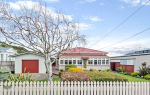 PRETTY AS A PICTURE | TWO BEDROOM CHARACTER HOME