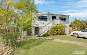 CLASSIC 3 BEDROOM HIGH SET QUEENSLANDER IN A QUALITY LOCATION WITH 2 STREET FRONTAGE.