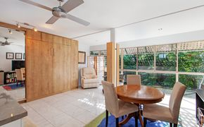 UNDER APPLICATION - Furnished studio at the top of  Buderim