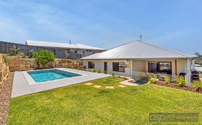 *IN A CLASS OF IT'S OWN!.THIS IS THE EPITOME OF PERFECTION &  THE FINEST HOMES WITH STUNNING 8M POOL & EXQUISITE VIEWS IN BLI BLI!  *