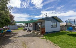 Jump On The Property Ladder!!! BEO $459,500