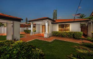 PARADISE ISLAND - Beautifully Maintained Classic Gold Coast Home