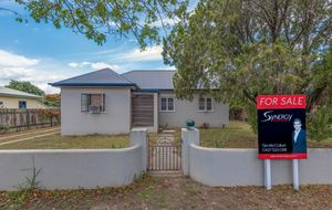 VACANT AND READY TO MOVE IN- FEDERATION CHARMER