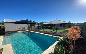 THE AUSTRALIAN DREAM - INGROUND POOL, EXTENDED DECK, MULTIPLE LIVING SPACES!