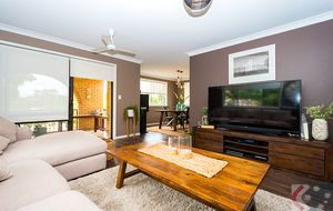 JUST LISTED - Trendy 2 Bedroom Apartment - Central Location - Spacious in Design - Close to shops and the Broadwater