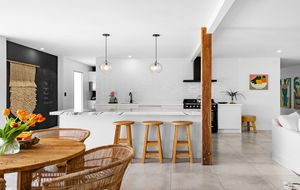 FLAWLESS RENOVATION IN INNER PULLENVALE