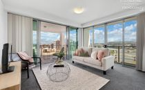 A RARE LARGE TWO BEDROOM APARTMENT WITH PANORAMIC VIEWS