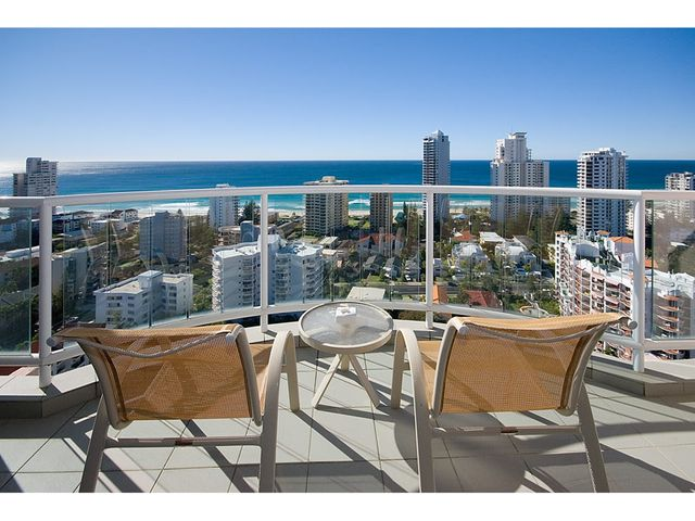 Ocean Facing 1 Bedroom Unit - Fully Furnished - Beachside - Central Location