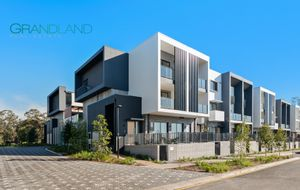 Brand New 3 Bedroom Townhouse only 250m from ED Sq & Train Station!