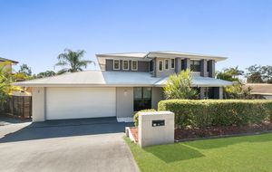 CALLING ALL INVESTORS/OWNER OCCUPIERS - GREAT FAMILY HOME