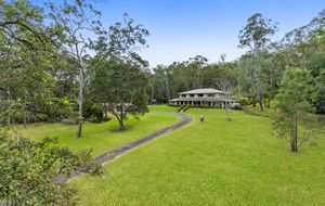 Beautiful Large Family Home set on 10 Acres in Pullenvale