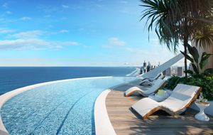 TRANQUIL ROOFTOP POOL - SPECTACULAR VIEWS
