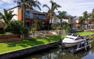 Waterfront Family Home with no mooring fees