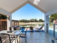 STYLISH SECURE EXECUTIVE GOLF COURSE LIVING